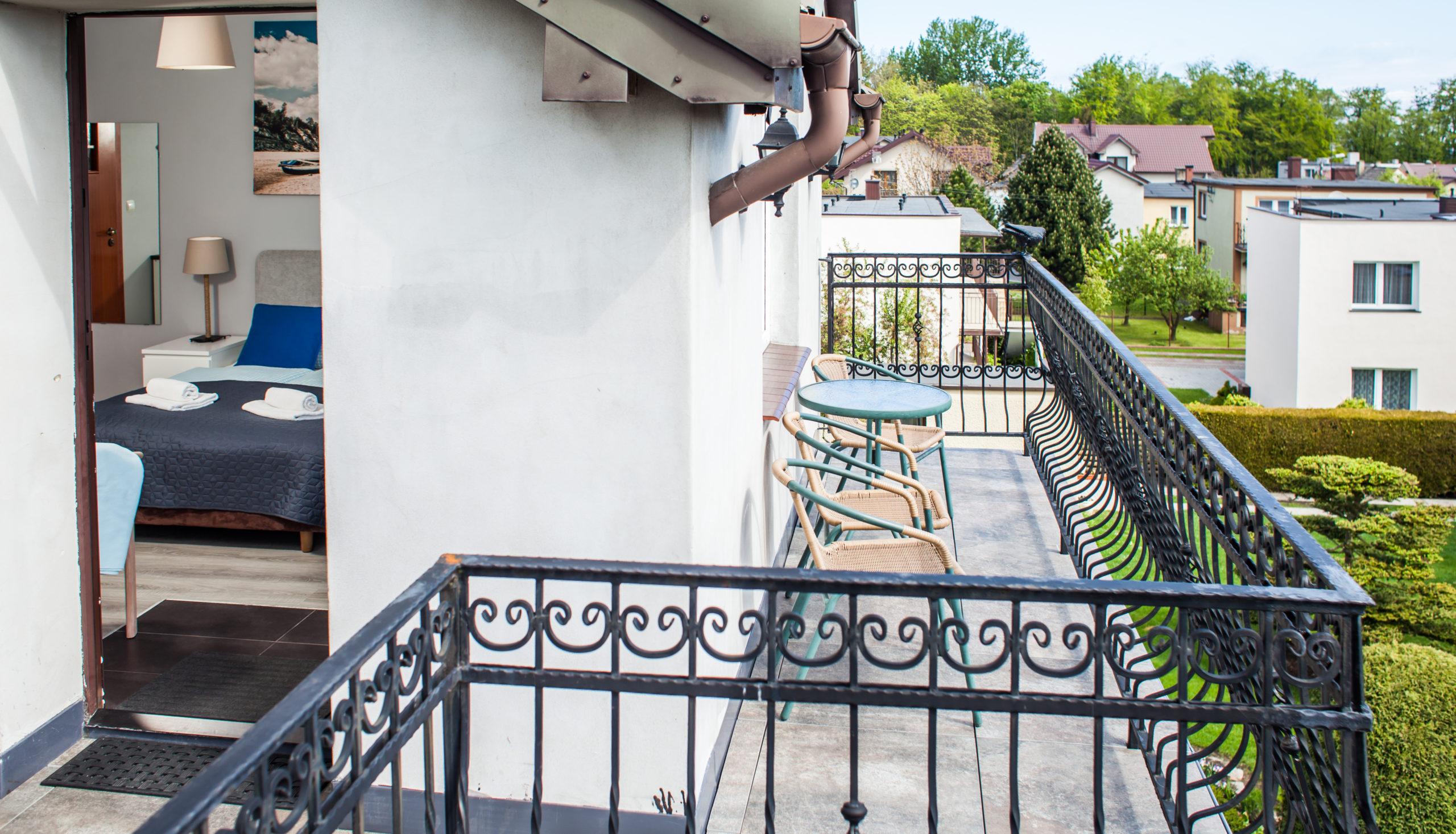 pokoj_3_osobowy_balkon